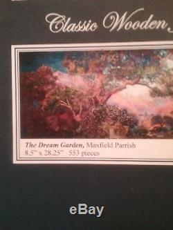 Liberty Puzzle The Dream Garden Maxfield Parrish 553 Pieces