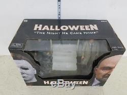 Neca Halloween The Night He Came Home Set