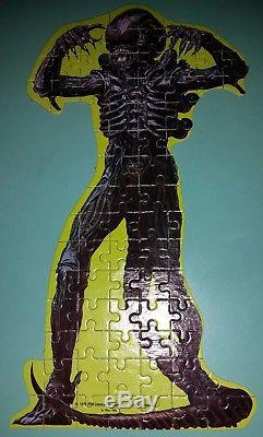 Vintage 1979 ALIEN Motionpicture Jigsaw Puzzle in Egg #470 HG Toys Inc 75pc EUC